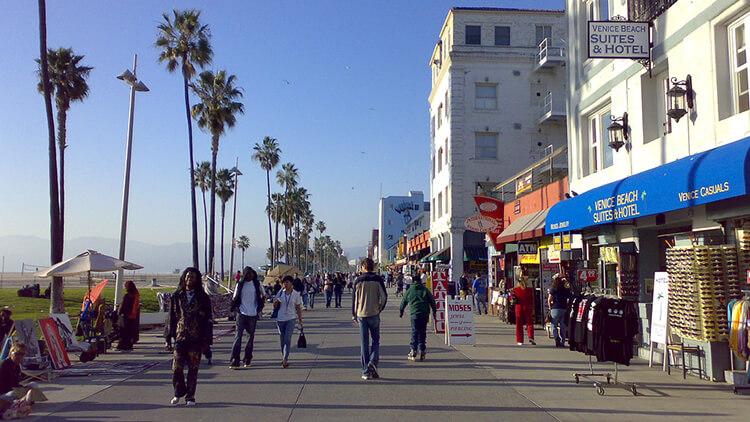 Self balancing board location in Venice Beach, CA