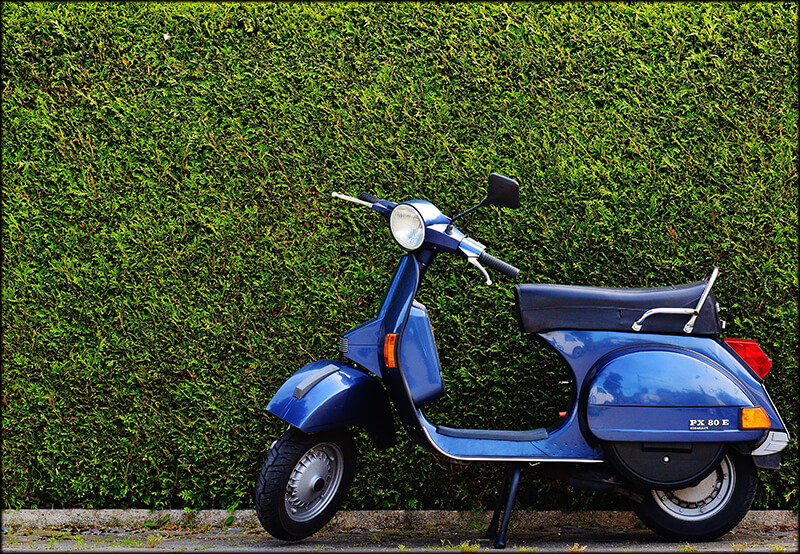 Vespa scooter pic in SWAGTRON blog