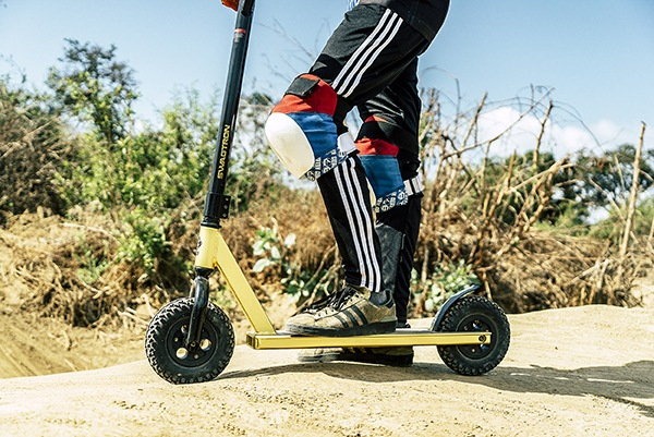 KR1 All-Terrain Dirt Kick Scooter